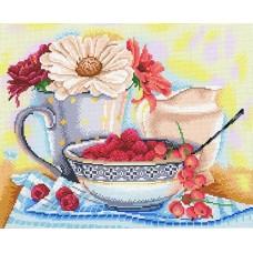 Натюрморт с малиной Рисунок на канве 40х50см