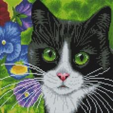 Кот в анютиных глазках Мозаика на подрамнике 30х30 30х30 Белоснежка 520-ST-S