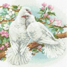 Белые голуби  набор для выкладывания стразами