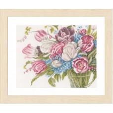 Набор для вышивания Pretty bouquet of flowers LANARTE