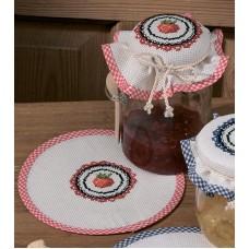 Салфетка Клубника набор для вышивания, набор из 2 шт.