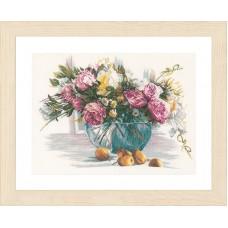 Набор для вышивания Flowers LANARTE