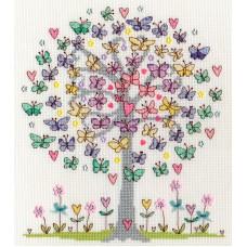 Набор для вышивания Love Spring (Любимая весна)