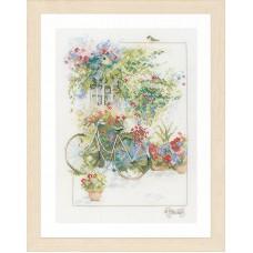 Набор для вышивания Flowers & bicycle LANARTE