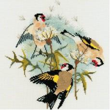 Набор для вышивания Goldfinches & Thistles