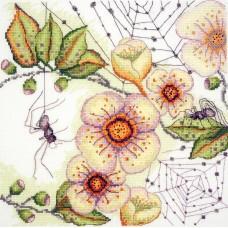 Набор для вышивания Цветы и паучки