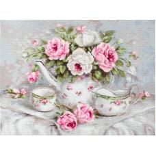 Набор для вышивания Чайный сервиз и розы
