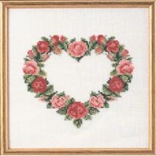 Набор для вышивания Сердце из красных роз