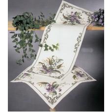 Набор для вышивания салфетки Лилии и фиалки