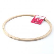 Пяльцы круглые без замка, высота обода 8 мм, диаметр 25 см