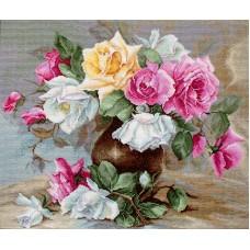 Набор для вышивания Ваза с розами