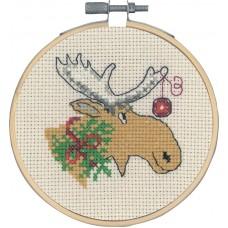 Набор для вышивания Олень и новогодний шарик