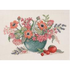 Набор для вышивания Анемоны и тюльпаны в синей вазе, лён 26 ct