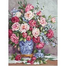 Набор для вышивания Её Величество - роза