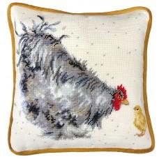 Набор для вышивания подушки Mother Hen (Мама курочка)