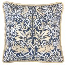 Набор для вышивания подушки Brer Rabbit William Morris (Братец кролик)