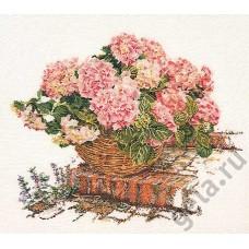 Набор для вышивания Розовые гортензии, канва лён 32 ct
