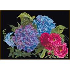 Набор для вышивания Гортензия и роза, канва аида (черная) 18 ct