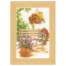 Набор для вышивания У садовой скамейки