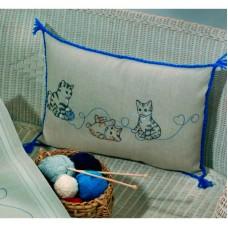 Подушка Кошки набор для вышивания