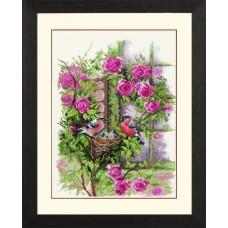 Набор для вышивания Nesting Birds In Rambler Rose  LANARTE (арт.34808)