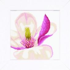 Набор для вышивания Magnolia Flower  LANARTE (арт.35110A)