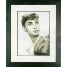Набор для вышивания Audrey Hepburn LANARTE,  35014 A