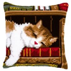 Подушка Спящий кот на книжной полке набор для вышивания