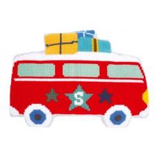 Подушка фигурная Каникулы на автобусе набор для вышивания