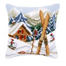 Подушка Зимние забавы набор для вышивания