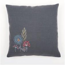 Подушка Стилизованные цветы набор для вышивания