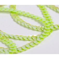 Пайетки на нитях 6мм Cream Colour TBY-FLKU06-CC цв.0085 салатовый уп.73.12м