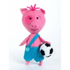 Набор для изготовления текстильной игрушки из фетра ПФД-1063 Поросенок Футболист 14,5 см