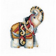 Набор для вышивания Сделай своими руками ССР.С-32 Статуэтки. Слон 12х12 см