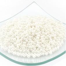 Бусины MAGIC 4 HOBBY круглые перламутр  4мм  цв.H01 белый уп.50г (1800шт)